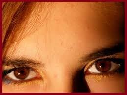 Maladie de Gilbert: (blanc des yeux jaune) symptômes et traitement